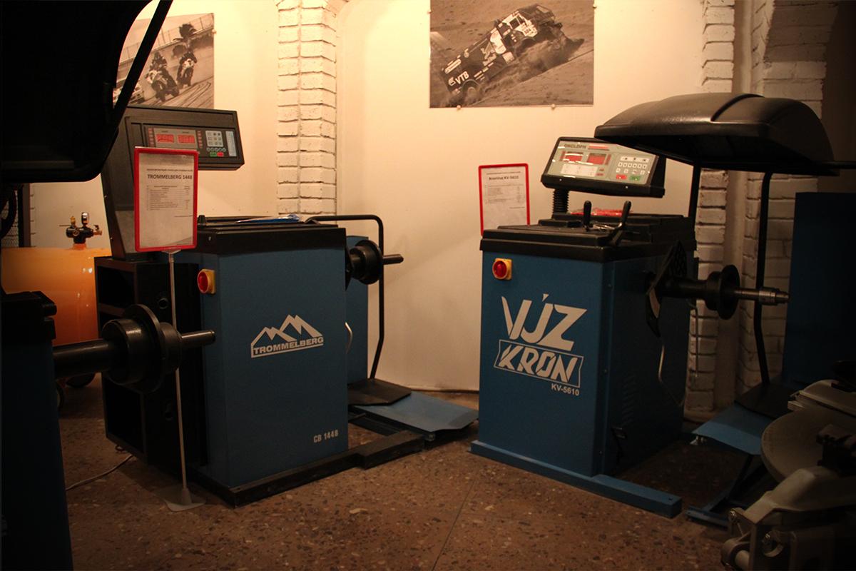Выставочный зал шиномонтажного оборудования компании Кронвус-Юг