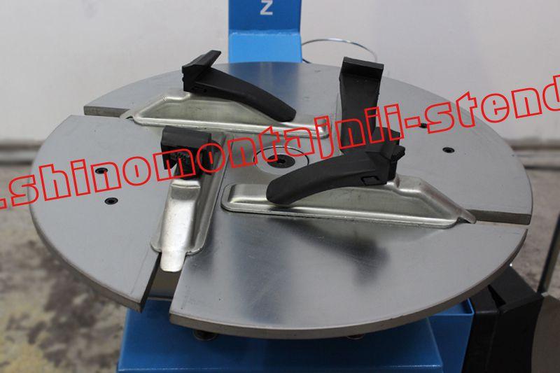 Монтажный стол изготовлен из